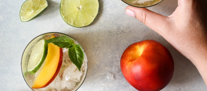 RECIPE: NECTARINE AND BASIL SUMMER COCKTAIL