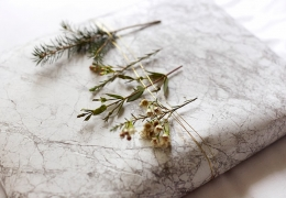 GIFT WRAPPING WITH GREENERY